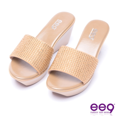 ee9 花漾年華鑲嵌水鑽露趾楔型跟拖鞋-杏色