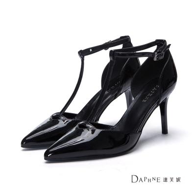 達芙妮DAPHNE 高跟鞋-T字中空尖頭高跟鞋-黑
