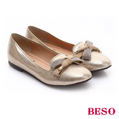 BESO 時尚核心 金屬面料立體蝴蝶樂福鞋 金