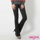 SOMETHING 靴型褲 NEO FIT低腰牛仔褲-女-黑色