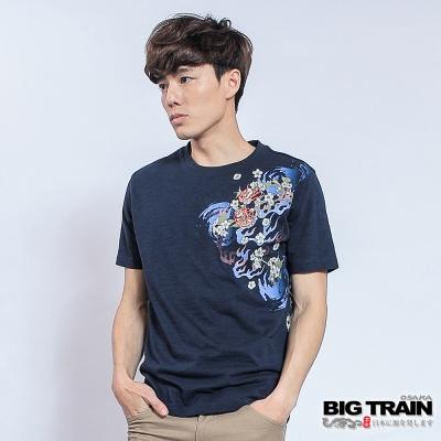 BIG TRAIN 火焰飄櫻圓領T-男-深藍