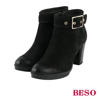 BESO 復古擦舊 雙色擦舊鞋口釦帶粗跟短靴~黑