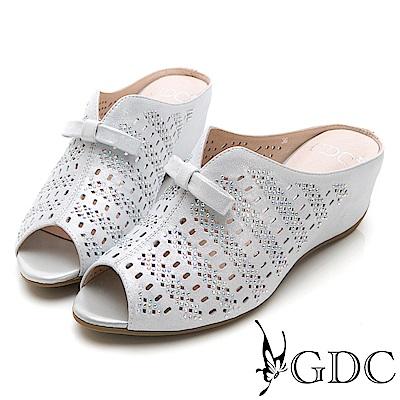 GDC-低調典雅蝴蝶結魚口楔型低跟拖鞋-銀色