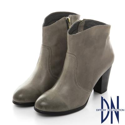 DN 性感魅力 MIT真皮擦色粗跟短靴-灰