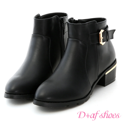 D+AF 時尚嚴選.質感釦環金屬鞋跟短靴*黑