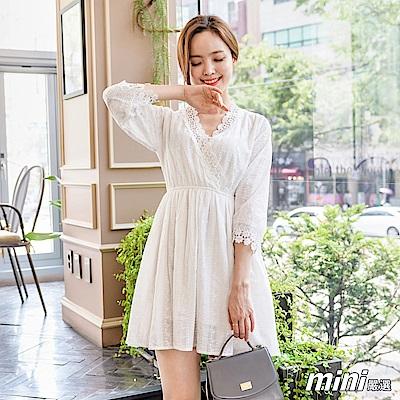洋裝V領蕾絲刺繡連身裙白色-mini嚴選