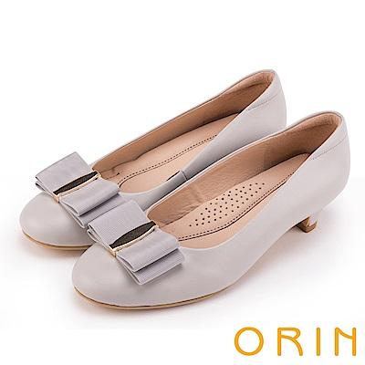 ORIN 典雅時尚女人 織帶蝴蝶結妝點真皮低跟鞋-灰色
