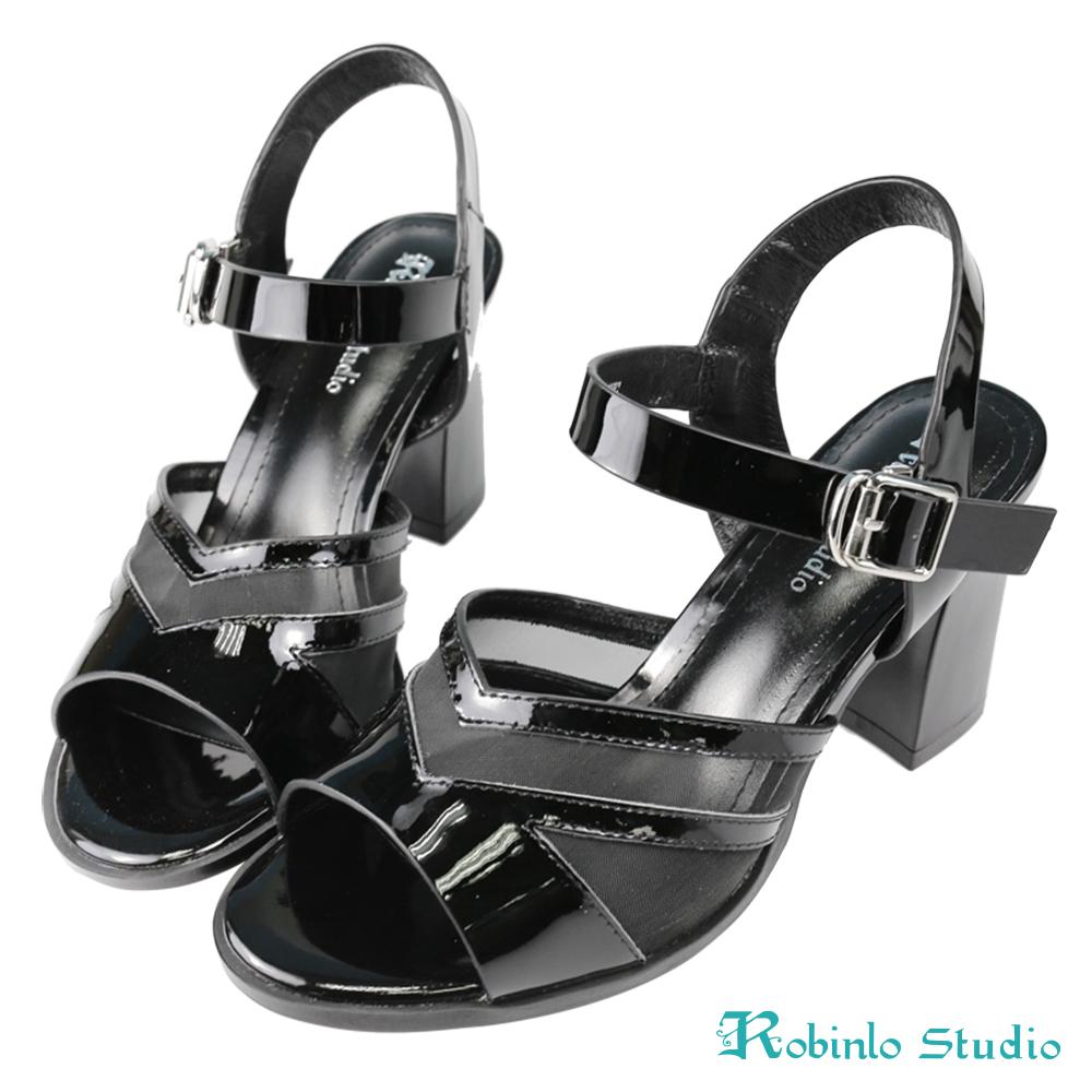 Robinlo Studio 高雅鏡面牛皮微透粗跟涼鞋 黑色