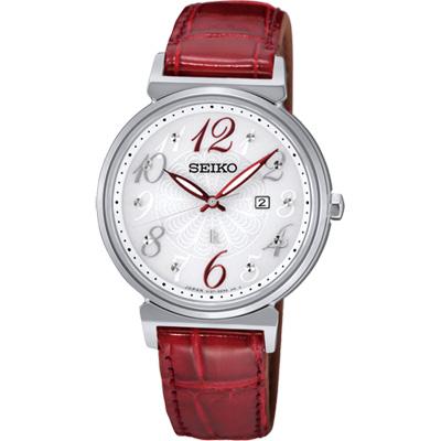 SEIKO LUKIA 花漾時光太陽能腕錶(SUT259J1)-銀x紅/32mm
