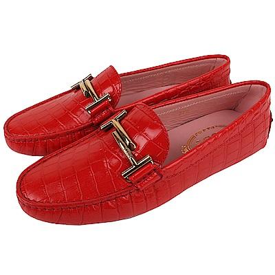 TOD'S 古銅金雙T金屬設計鱷魚壓紋豆豆鞋(女鞋/紅色)