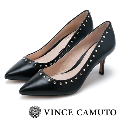 VINCE CAMUTO 個性OL 高質感鉚釘尖頭中跟鞋-黑色
