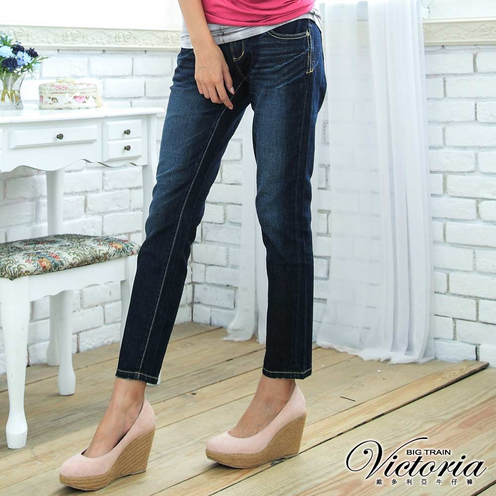 Victoria 雙袋TENCEL男友褲-女-深藍