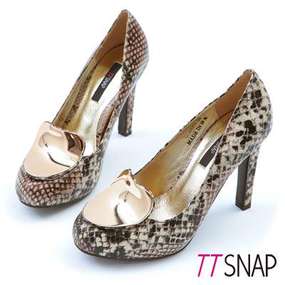 TTSNAP-瑰麗耀眼-全真皮金屬造型飾片高跟鞋-蛇紋