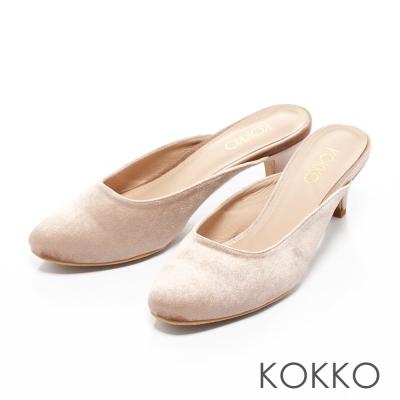 KOKKO-光感奪目天鵝絨小貓跟穆勒鞋-柔美粉