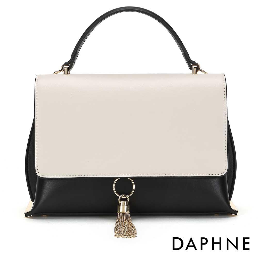 達芙妮DAPHNE-金屬流蘇撞色手提斜背小方包-黑