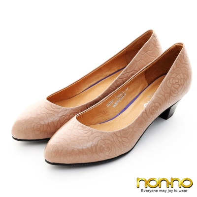 nonno-復古典雅-玫瑰壓紋粗低跟包鞋-杏