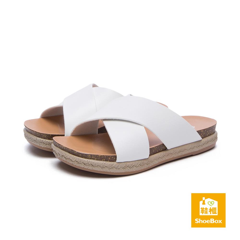 達芙妮DAPHNE ShoeBox系列拖鞋-交叉寬版草編紋涼拖鞋-白