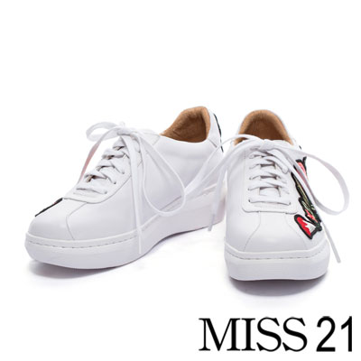 休閒鞋 MISS 21 繽紛電繡花全真皮綁帶休閒鞋-白