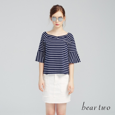 beartwo 網路獨家-甜美方領荷葉七分袖上衣(二色)-動態show