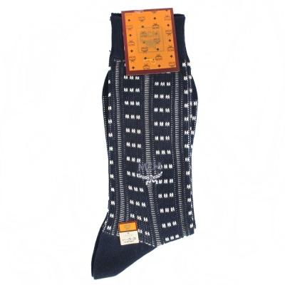 MCM 直條紋滿版LOGO刺繡紳士襪-深藍色