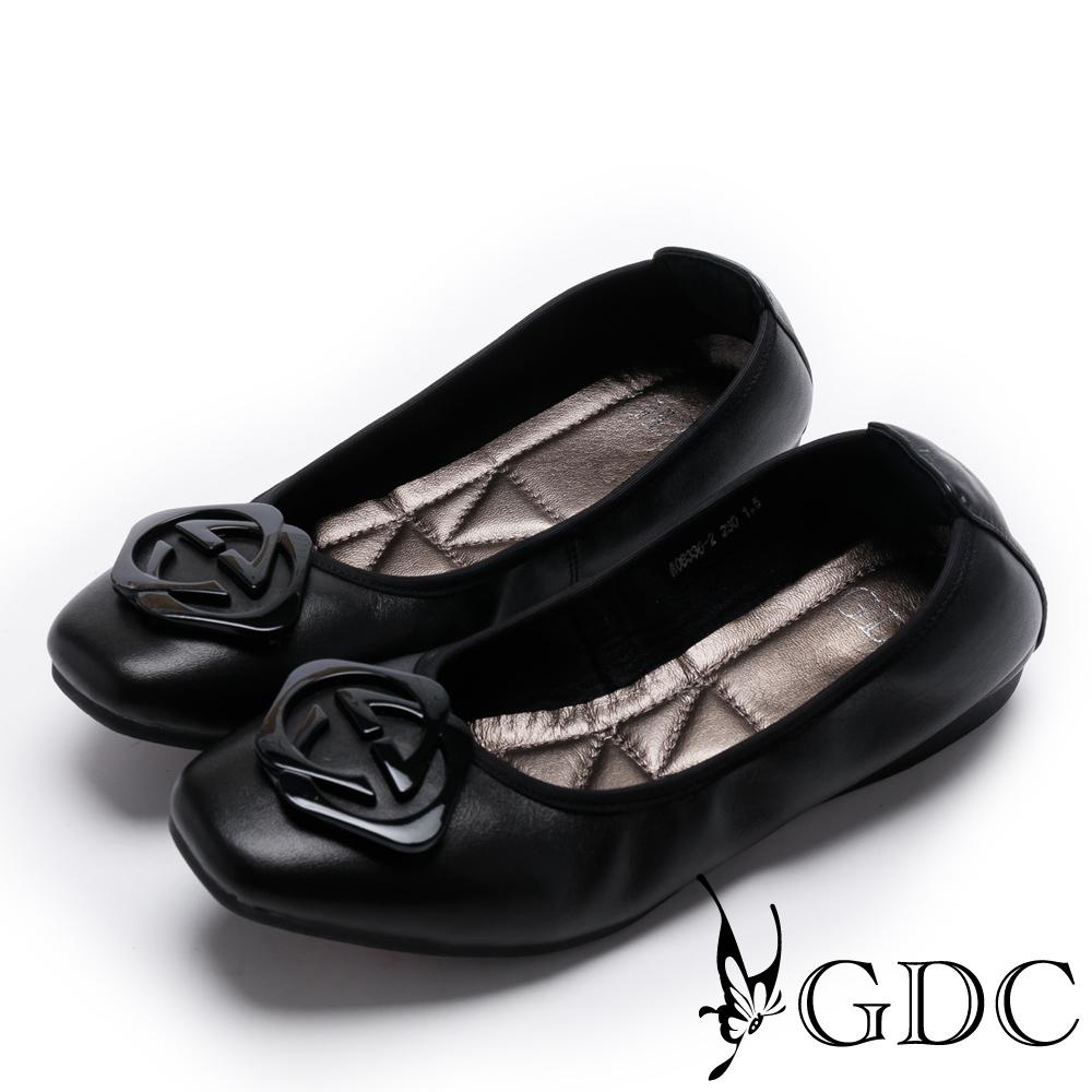 GDC-金屬感幾何飾扣方頭平底鞋-黑色