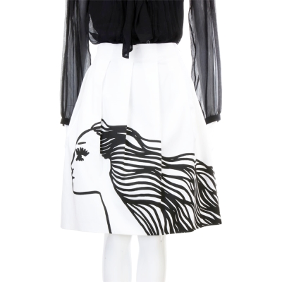 MOSCHINO 白色飄逸頭髮女郎抓褶設計及膝裙