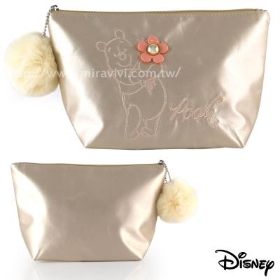 Disney精緻造型電繡毛球化妝包/收納包-維尼