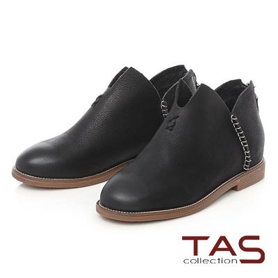 TAS 擦色麂皮縫線V口內增高短靴-率性黑