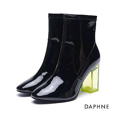 達芙妮DAPHNE 短靴-鏡面漆皮透明粗跟短靴-黑