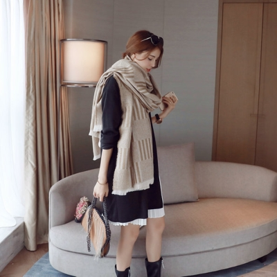 梨花HaNA-韓國雙面拉毛杏色格紋厚羊絨圍巾