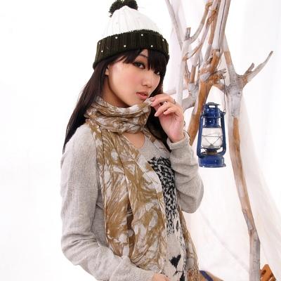 Aimee Toff 藝術夢幻質感染印圍巾(棕)