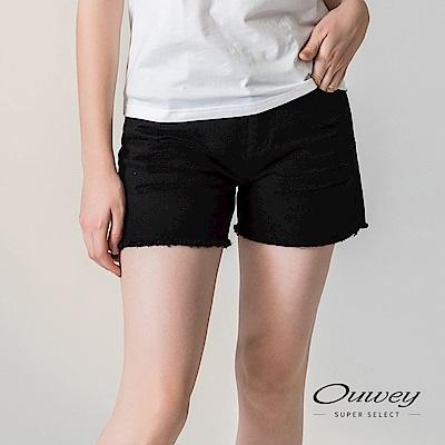 OUWEY歐薇 刷破感提臀減齡牛仔短褲(黑)