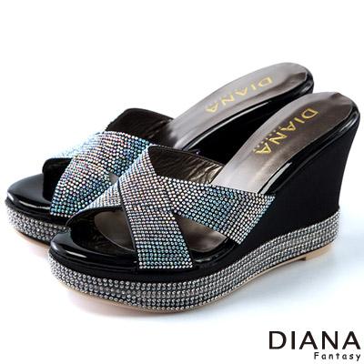 DIANA-浮華貴麗-交叉式水鑽楔型涼鞋-黑