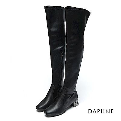 達芙妮DAPHNE 長靴-霧面蠟感牛紋鑽飾過膝長靴-黑