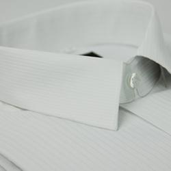 金‧安德森 白色條紋類絲質短袖襯衫