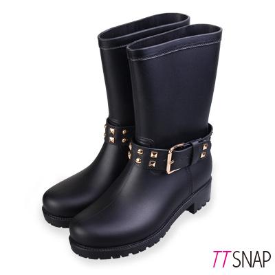 TTSNAP雨靴-圓頭鉚釘率性中筒防水靴 黑