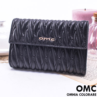 OMC - 韓國專櫃立體抓皺感多卡零錢式真皮短夾-質感黑