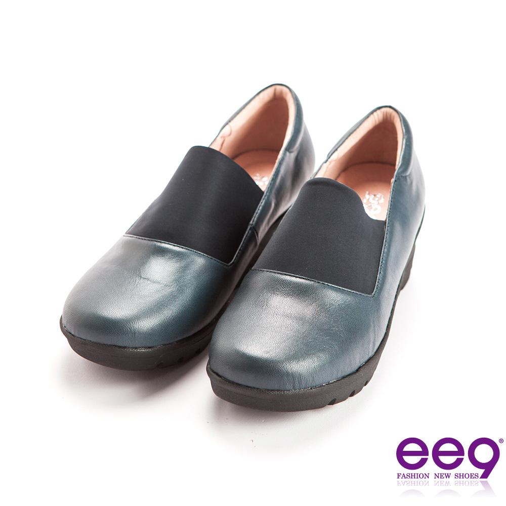 ee9 芯滿益足~率性異材質併接伸縮飾帶超輕楔型跟包鞋~藍色