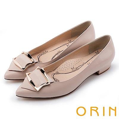 ORIN OL上班鞋 全真皮造型方釦尖頭粗低跟鞋-粉膚