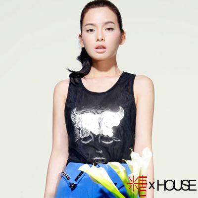 背拼蕾絲夢幻人像長版背心 (黑色)-糖 x House