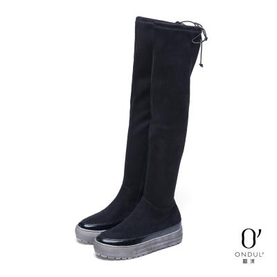 達芙妮x高圓圓-圓漾系列-長靴-質感絨布厚底過膝長靴-黑