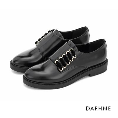 達芙妮DAPHNE 休閒鞋-漆皮半側繫帶休閒紳士鞋-黑
