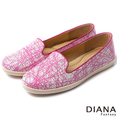 DIANA 創新視覺--禪繞藝術線條真皮樂福鞋-桃紅
