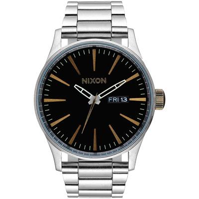 NIXON The SENTRY SS 復刻潮流都會休閒腕錶-黑x金字x銀/42mm