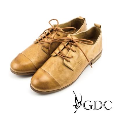 GDC-紳士風真皮點點素面牛津鞋-卡其色