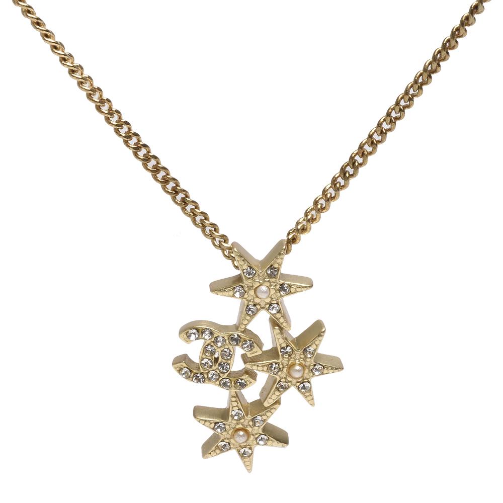 CHANEL 經典雙C LOGO星星水鑽鑲嵌設計墜飾項鍊(霧金)