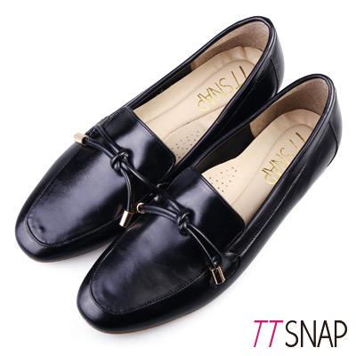 TTSNAP樂福鞋-MIT素色平滑光亮漆面休閒鞋 黑
