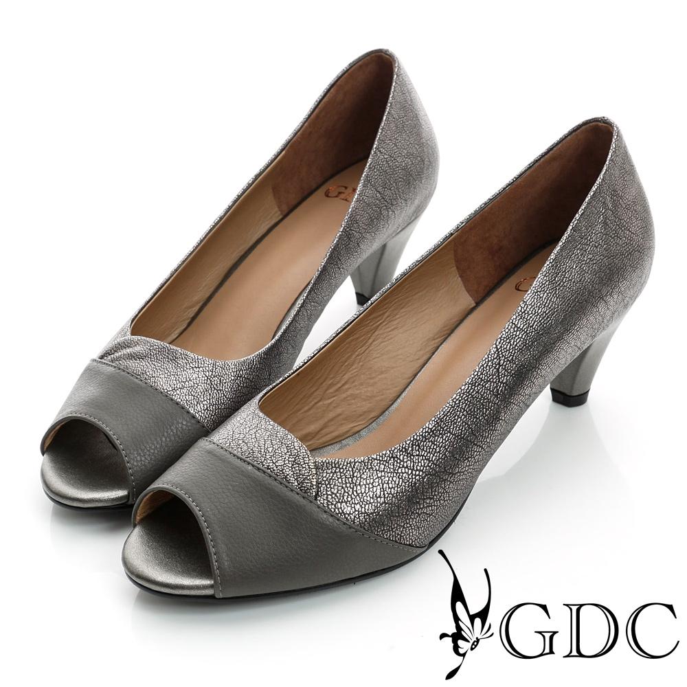 GDC都會-拼接撞色魚口真皮中跟鞋-槍灰色