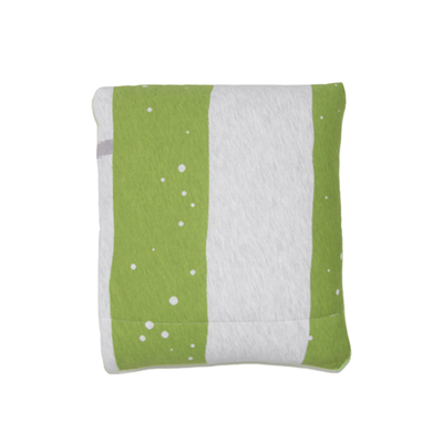 Yvonne Collection3x4呎狐狸收納抱枕車用四季被-草綠