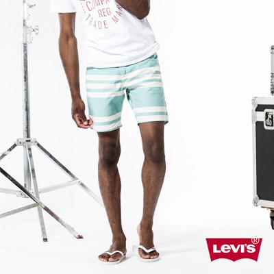 Levis-男款純棉直筒藍白條紋休閒短褲